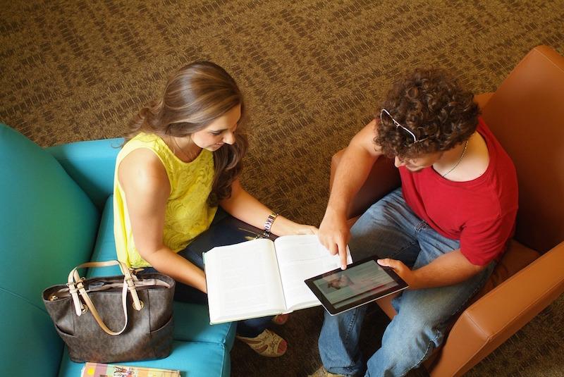 Nuevos retos educativos para formar y emplear (Levante-EMV)